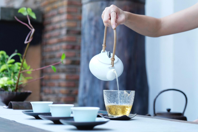Тяжело просыпаться по утрам? – Пейте китайский чай!