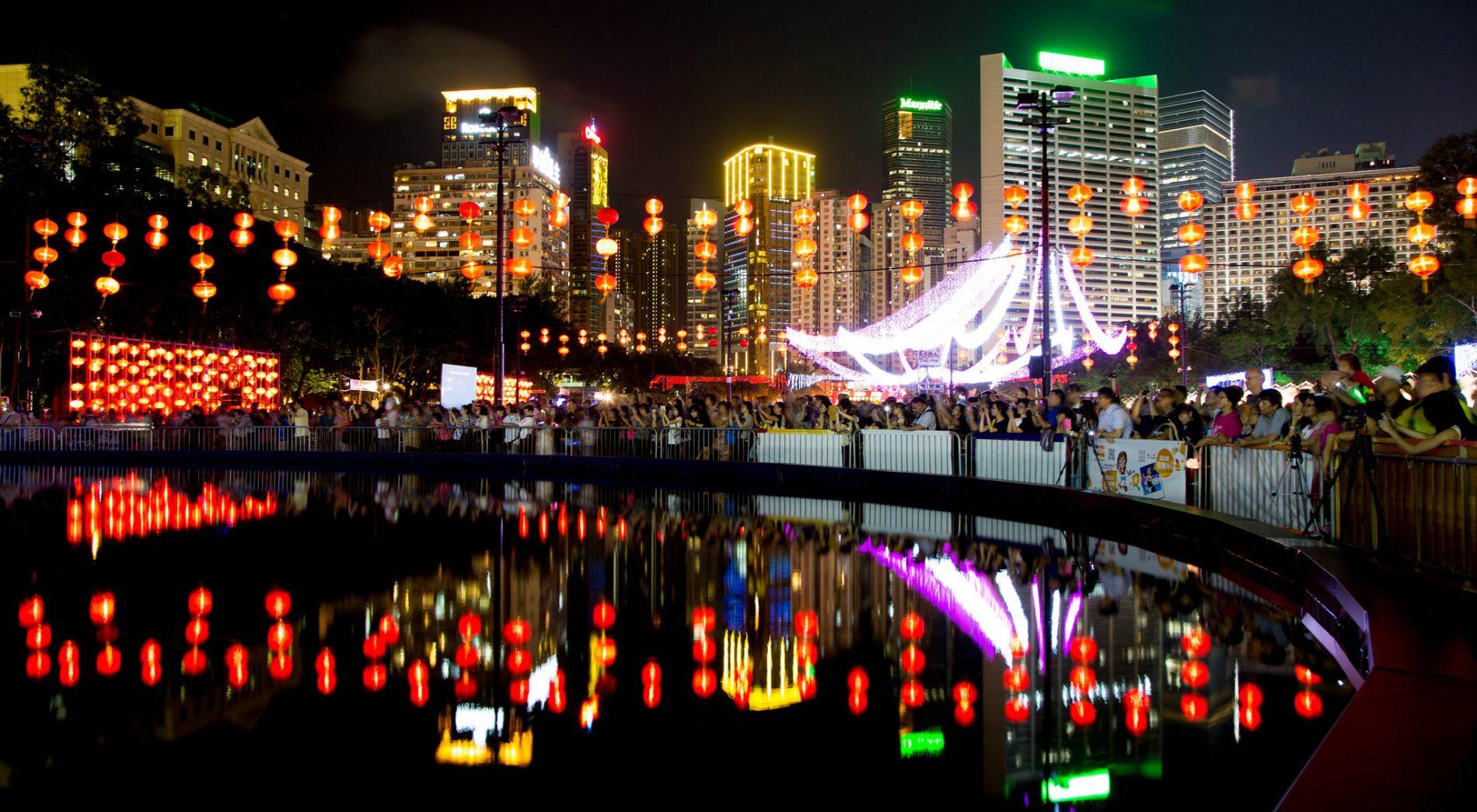 Чтобы бесплатно «слетать» из Китая домой, дождитесь «праздника середины осени»